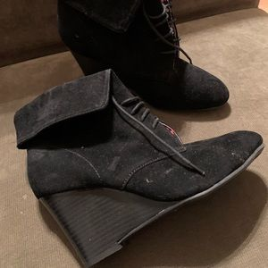 NWOT Rampage Women's 8 Wedge Booties Black